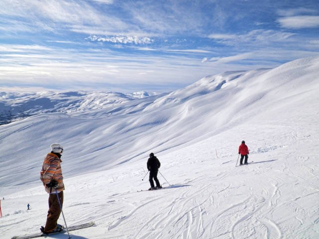 Skiing and Snowboarding in Norway - Best Time