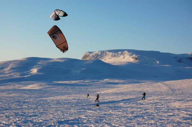 Snow Kiting in Norway - Best Season