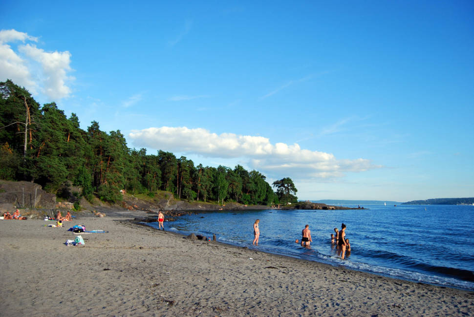 Huk Beach Season in Oslo - Best Time