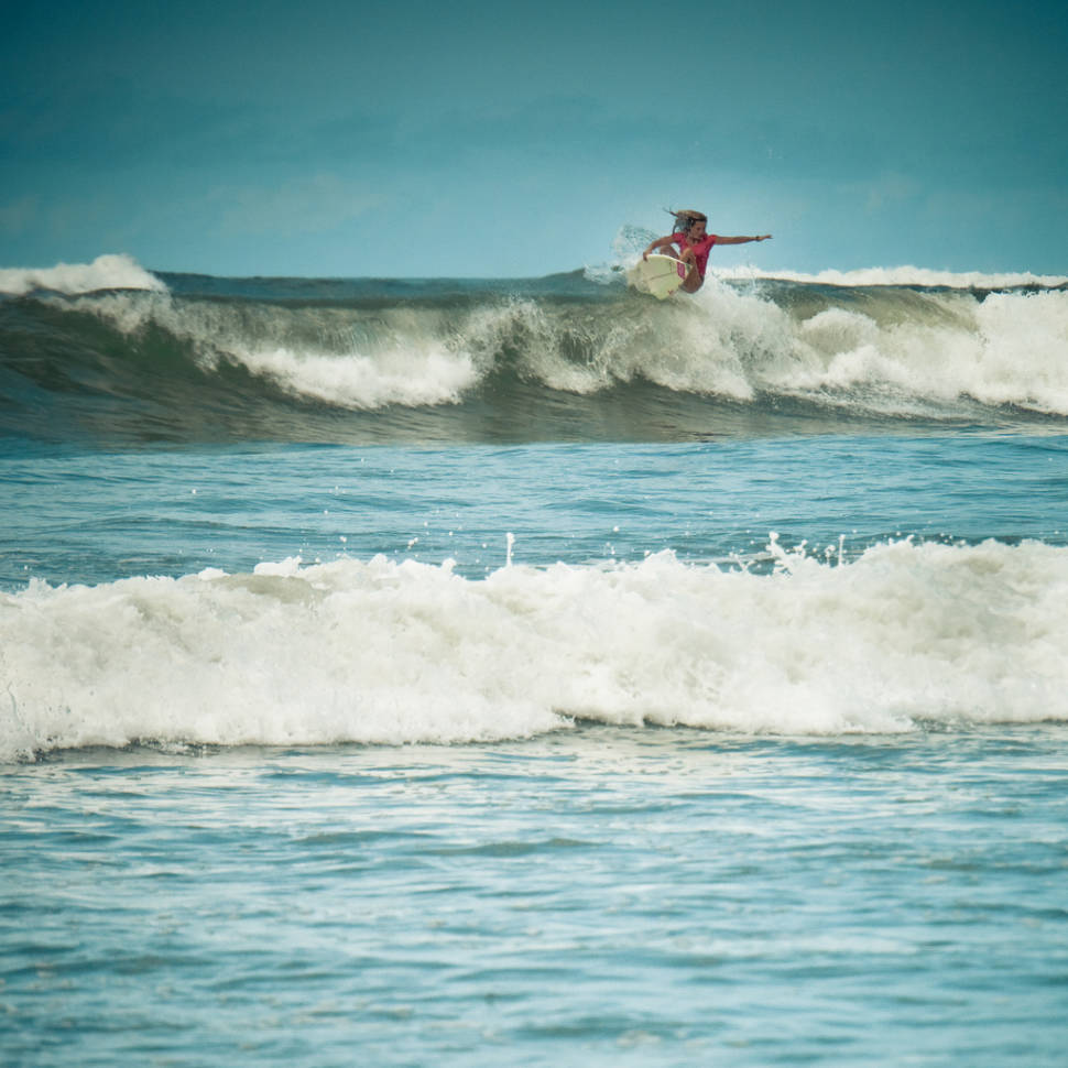 Surfing Season in Panama - Best Season