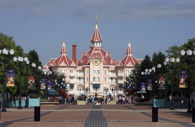 Best time to see Disneyland Paris in Paris
