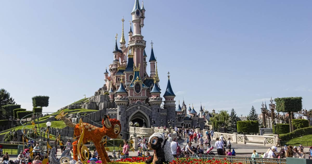 Day Tours To Paris From Disneyland Paris