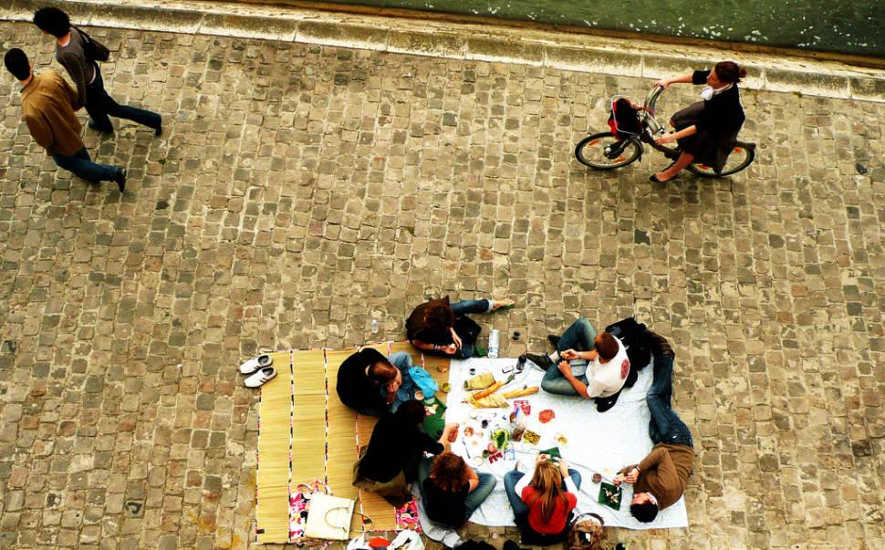 Picnics in Paris - Best Time