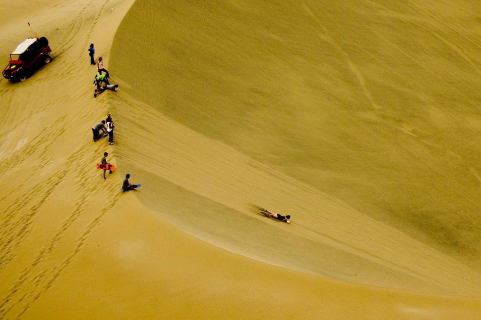Sandboarding in Huacachina in Peru - Best Season