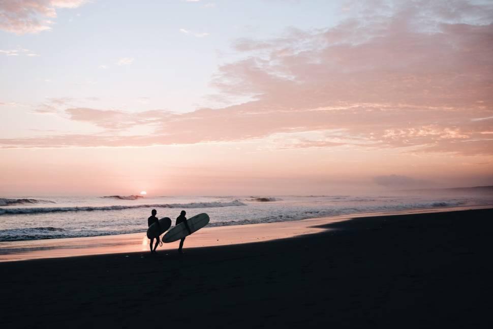 Surfing in Peru - Best Season