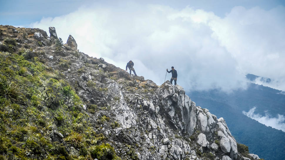 Best time for Climbing Mount Apo in Philippines