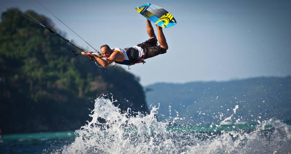 Kitesurfing on Boracay in Philippines - Best Season