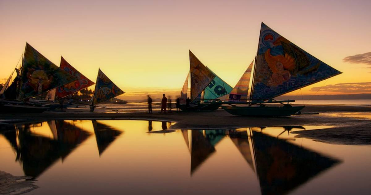 Paraw Regatta Festival in Philippines - Best Time