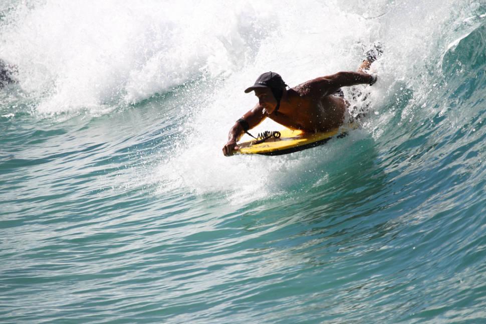 Surfing in Phuket - Best Time