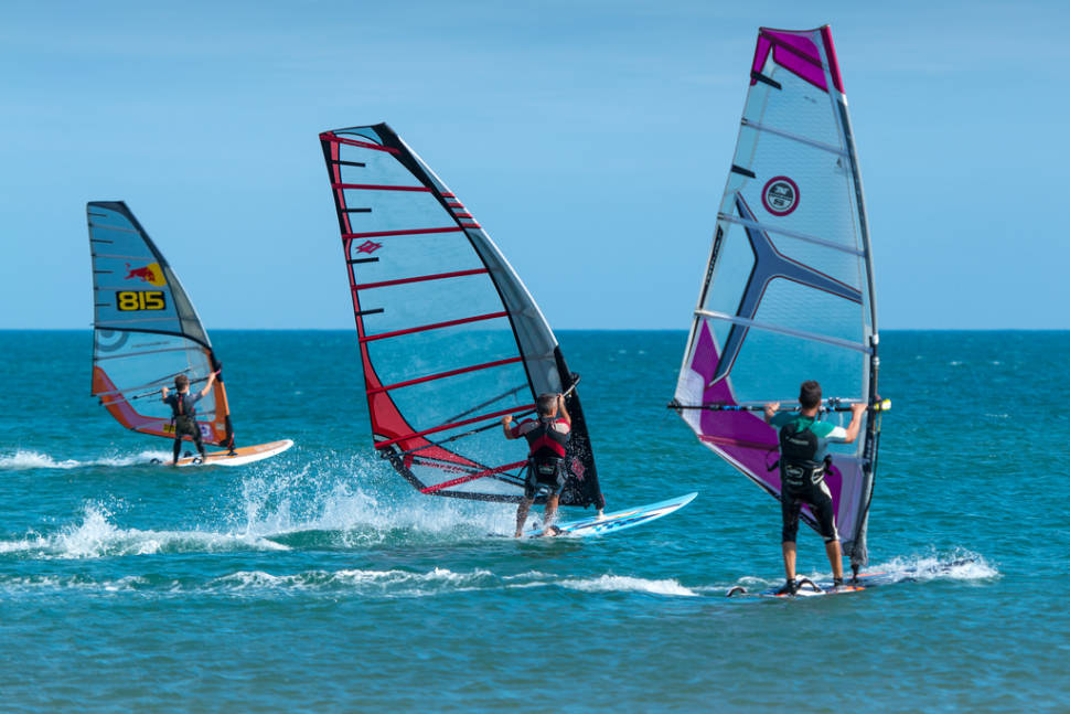 Kitesurfing and Windsurfing in Provence & French Riviera - Best Season