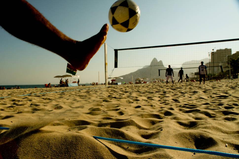 Futevôlei or Footvolley in Rio de Janeiro - Best Time