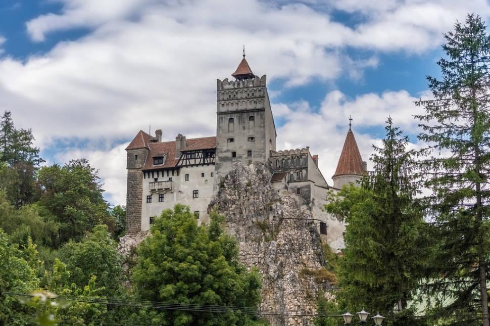 Dracula Tour in Romania - Best Season