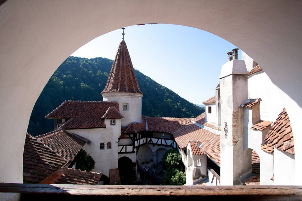 Dracula Tour in Romania - Best Time