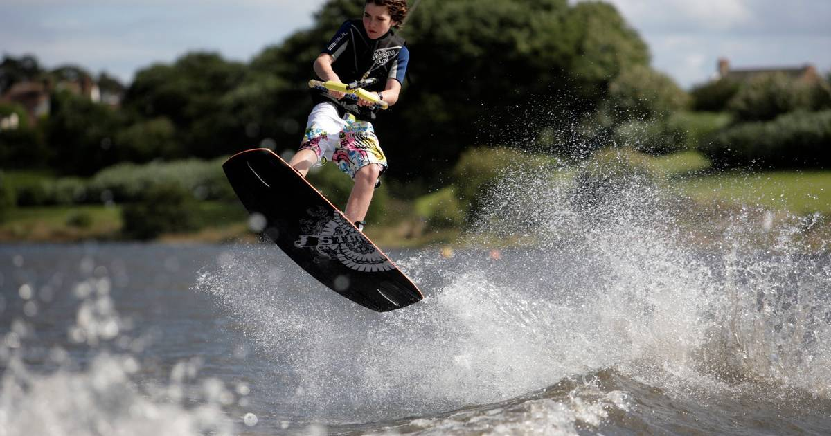 Water Skiing and Wakeboarding in Scotland - Best Time
