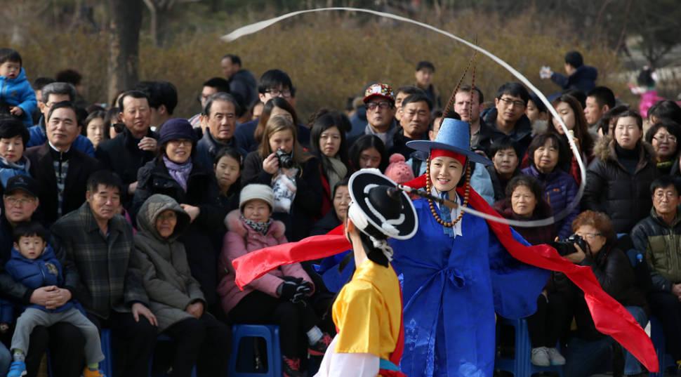 Lunar New Year in Seoul - Best Season