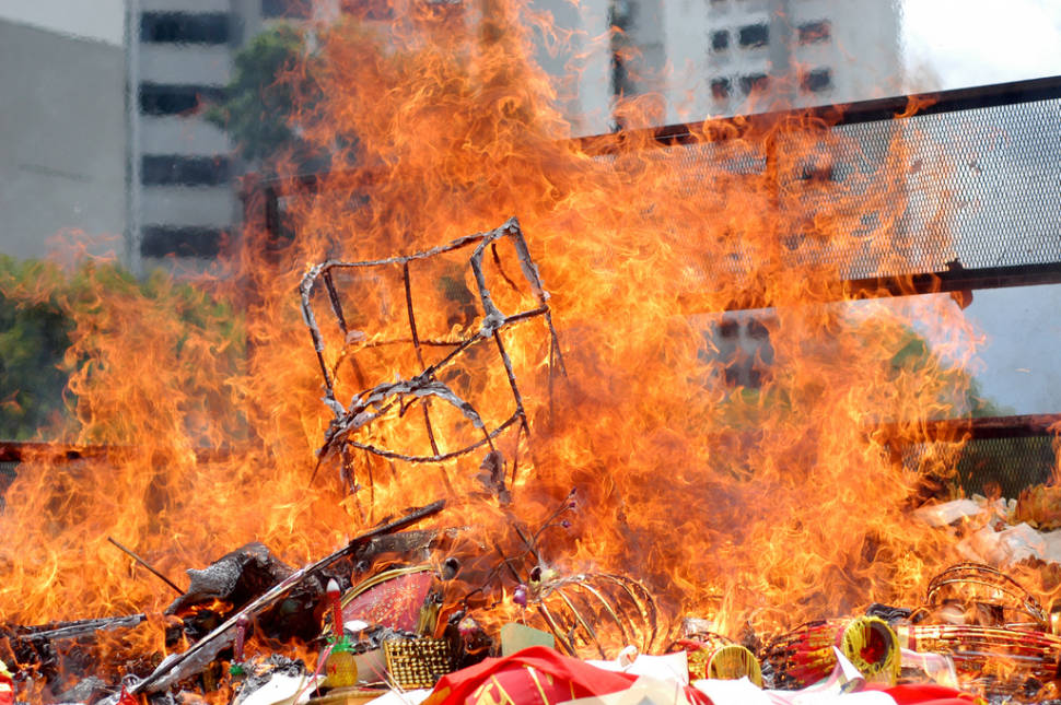 Best time to see Hungry Ghost Festival in Singapore