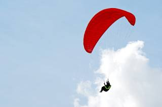 Skydiving and Paragliding