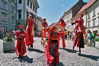 Ana Desetnica International Street Theatre Festival