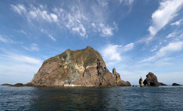 Best time for Liancourt Rocks (Dokdo)
