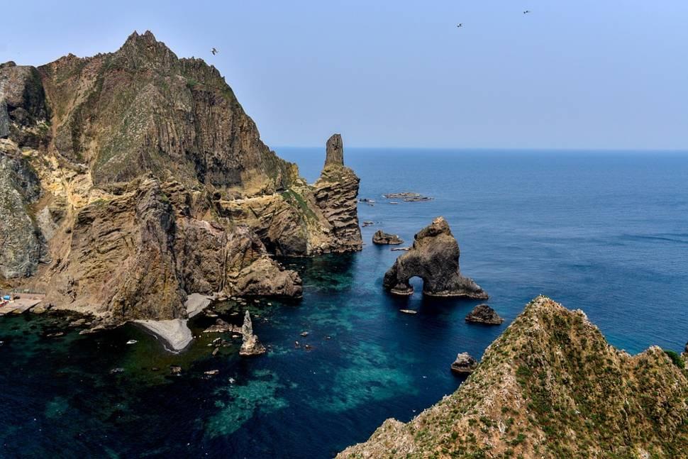 Liancourt Rocks (Dokdo) in South Korea - Best Time