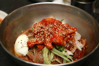 Cold Naengmyeon Noodles on the Coldest Day