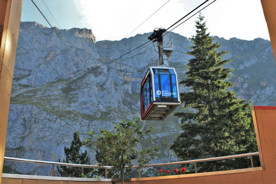 Fuente Dé Cable Car in Spain - Best Time