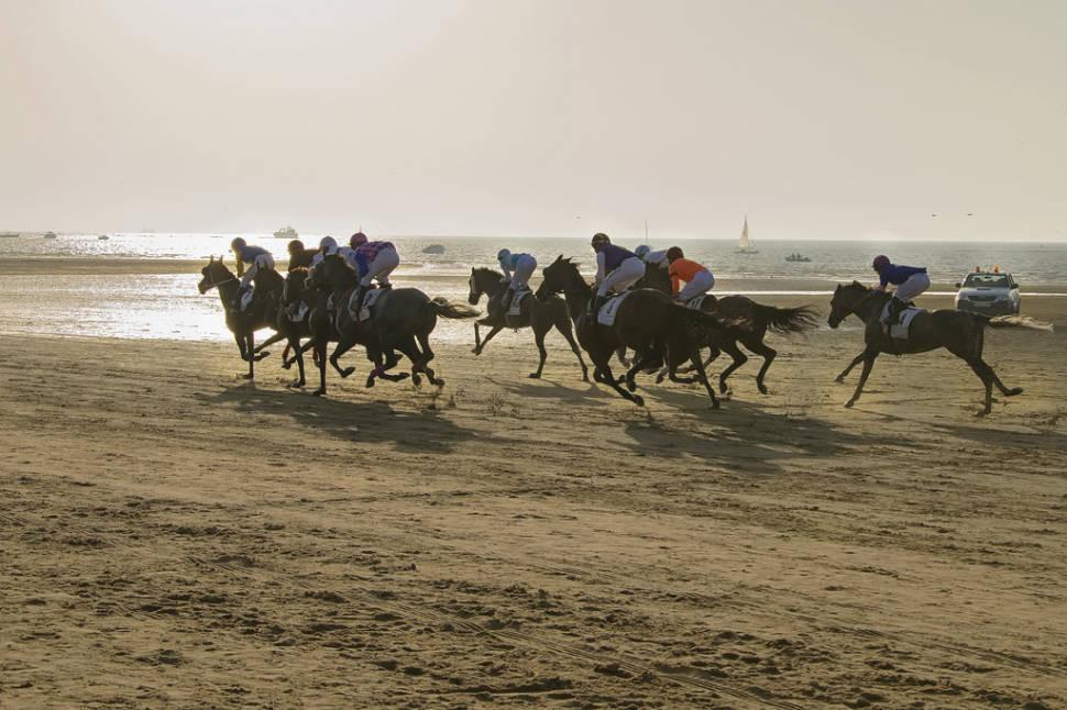 Best time to see Sanlúcar Horse Racing in Spain