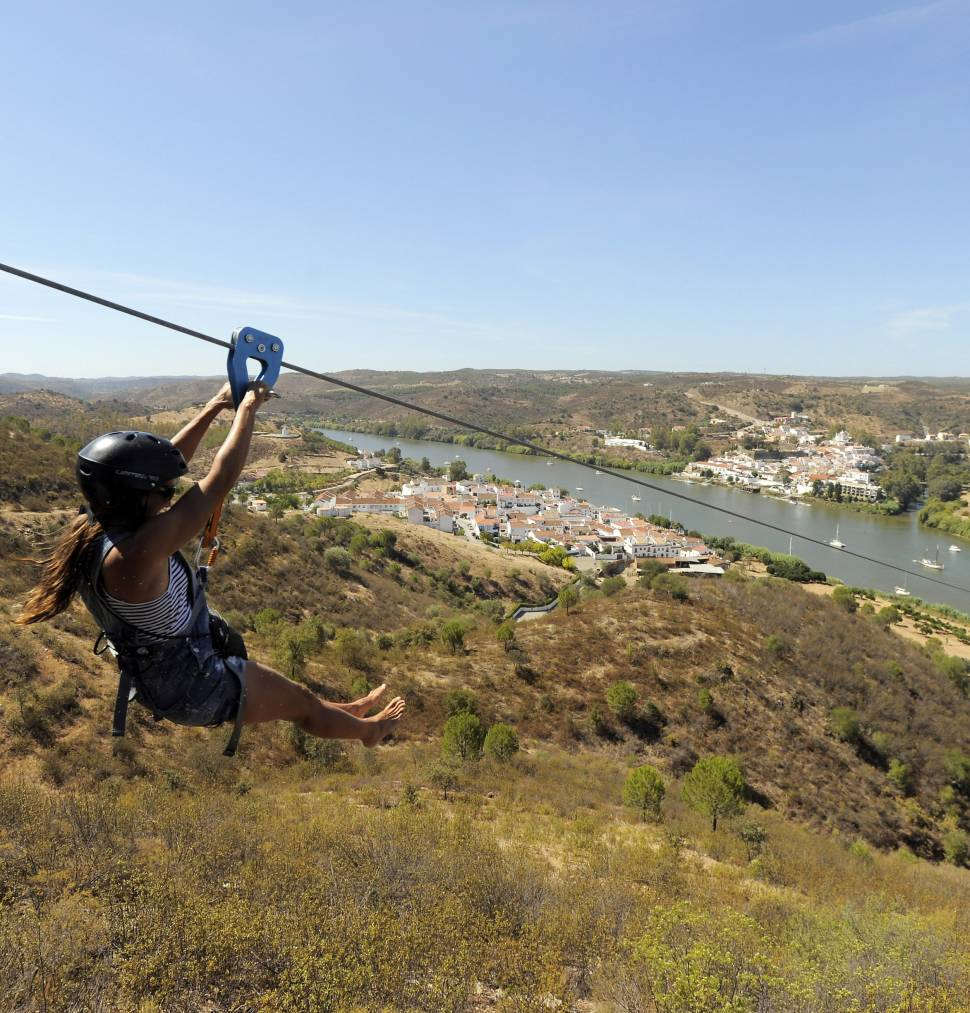 Best time for Spain to Portugal Zip Line (Limite Zero)