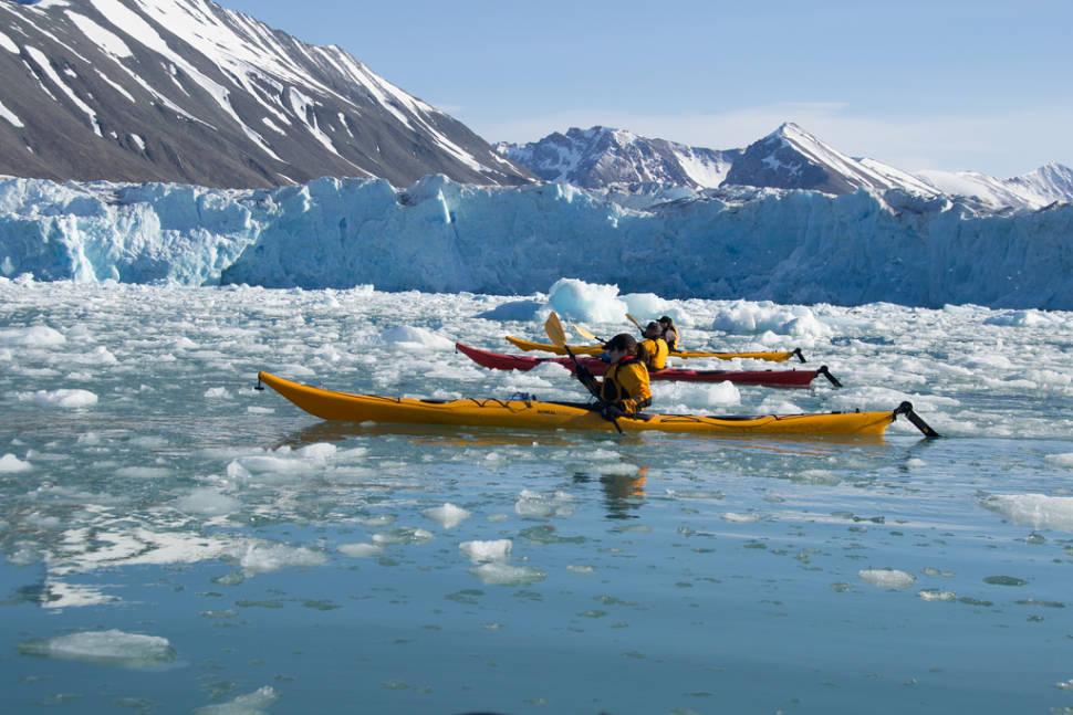 Kayaking by Glaciers in Svalbard - Best Season
