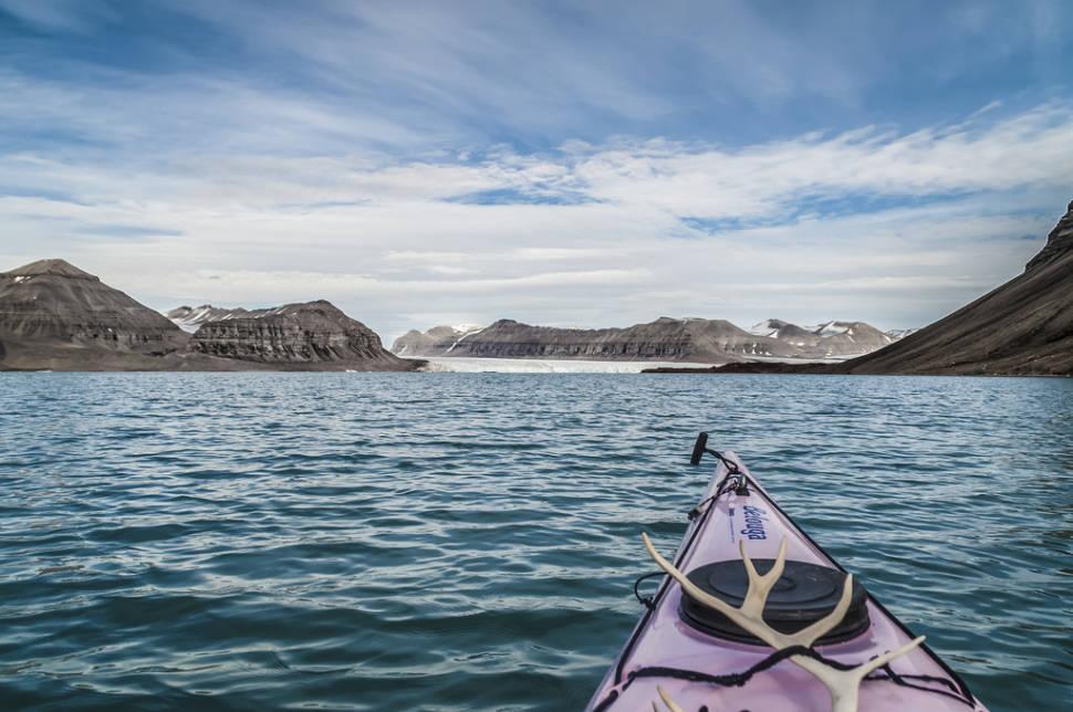 Kayaking by Glaciers in Svalbard - Best Time