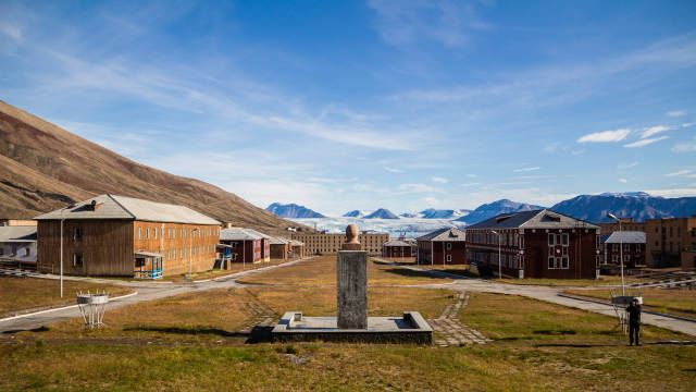 Pyramiden, a Soviet-Era Ghost Town in Svalbard - Best Time