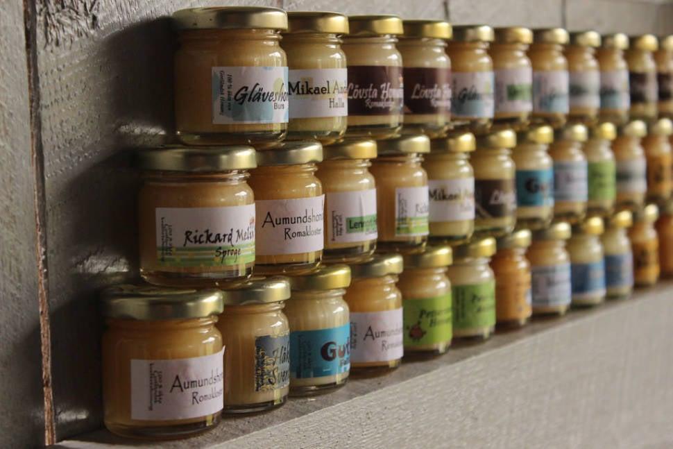 Honey in Sweden - Best Season