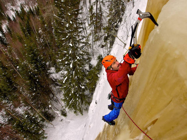 Best time for Ice Climbing in Sweden