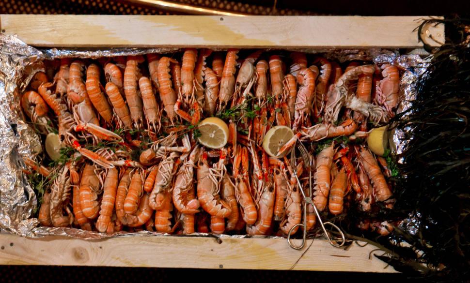 Kräftskiva: Crayfish Party in Sweden - Best Season