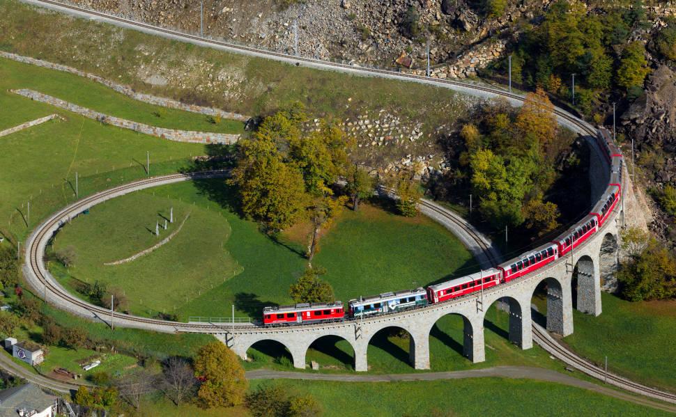 The Brusio Circular Viaduct