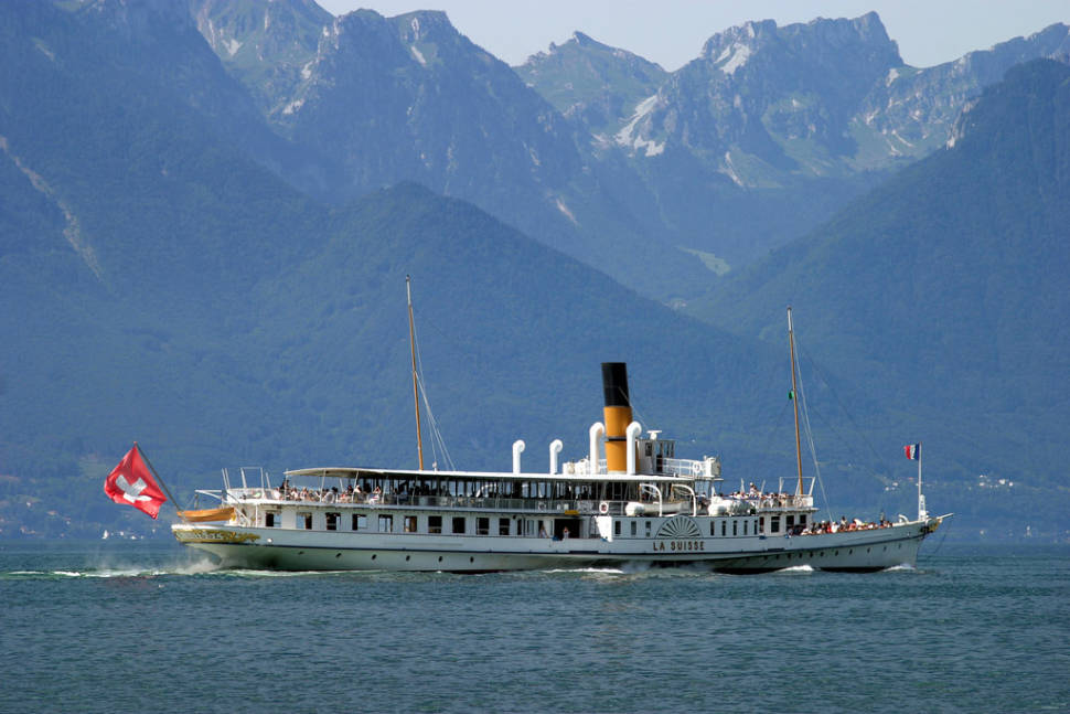 "Paddle Steamer ""LA SUISSE"" sets sail for Lausanne from Montreux"