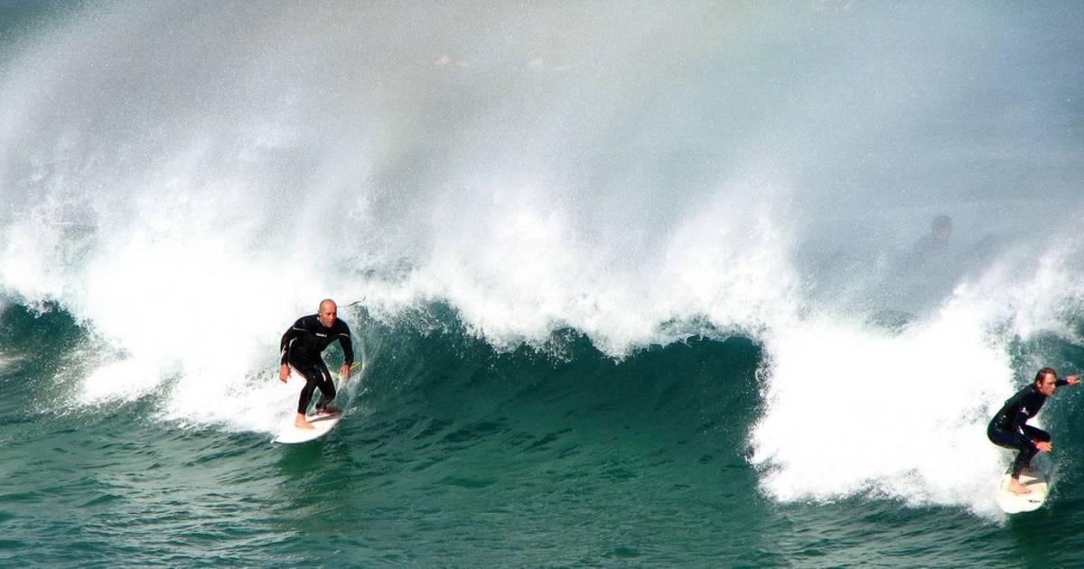 Surfing Around Sydney in Sydney - Best Time