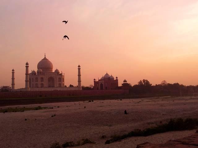 Sunrise and Sunset near Taj Mahal in Taj Mahal and Agra  - Best Time