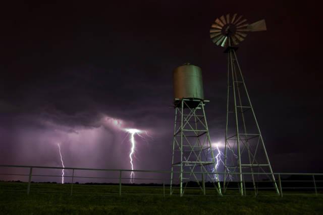 Thunderstorm Season  in Texas - Best Time