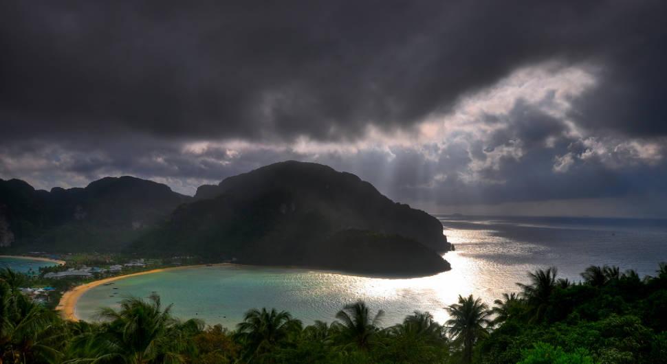 Southwest Monsoon (Rainy Season) in Thailand - Best Season