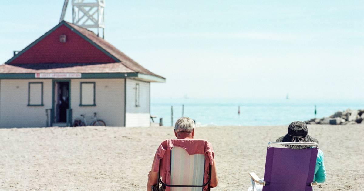 Beach Season in Toronto - Best Time