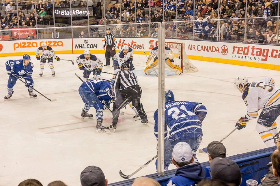 Hockey Season in Toronto - Best Time