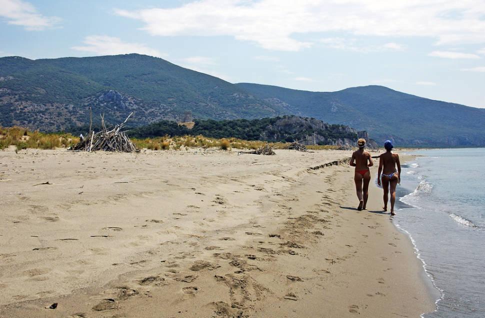 Beach Season in Tuscany - Best Season