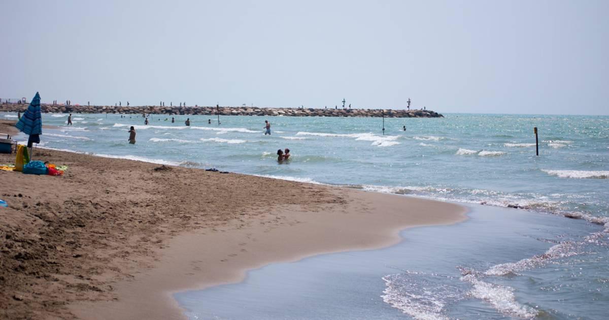 Beach Season in Tuscany - Best Time