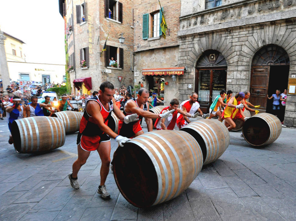 Best time to see Bravio delle Botti in Tuscany