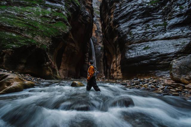 Hike the Narrows in Utah - Best Season