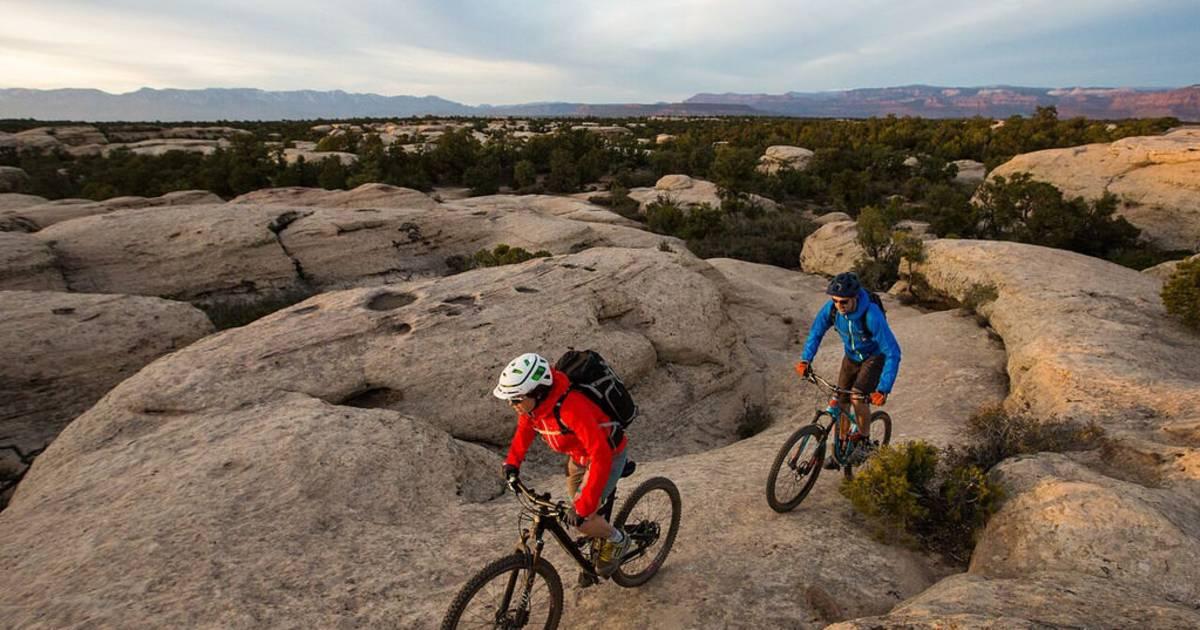 Biking in Zion National Park in Utah - Best Time