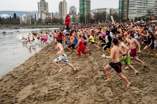 Polar Bear Swim in Vancouver - Best Time