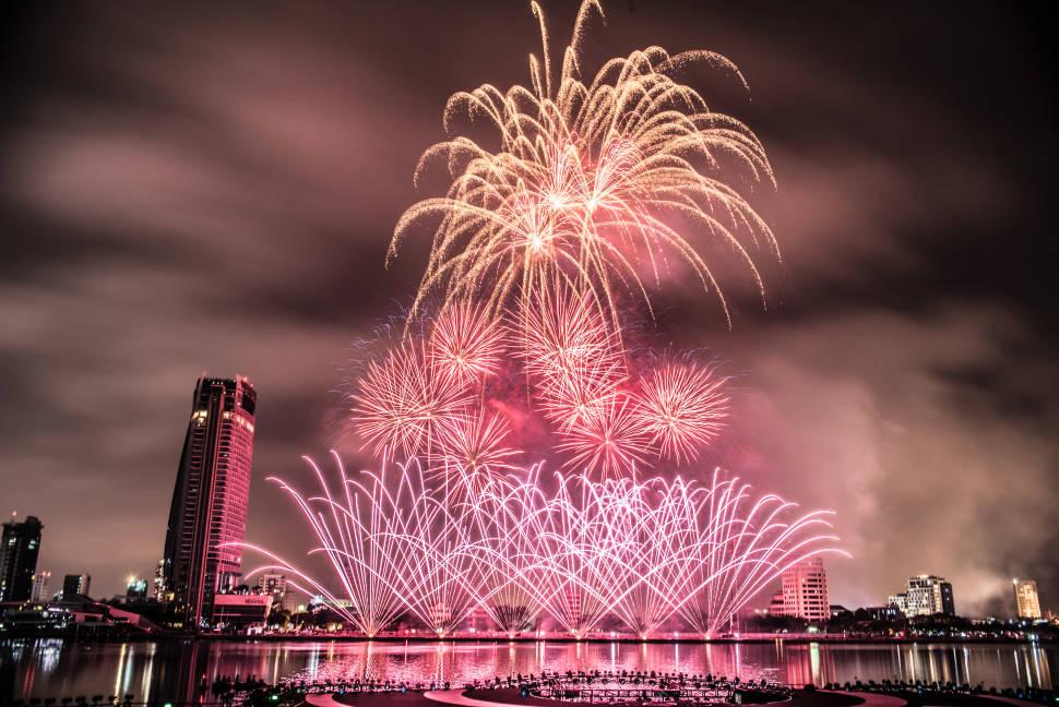 Best time for Da Nang International Fireworks Competition in Vietnam