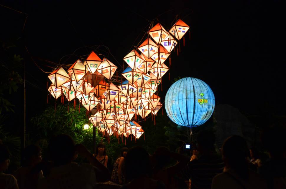 Best time for Hoi An Lantern Full Moon Festival in Vietnam